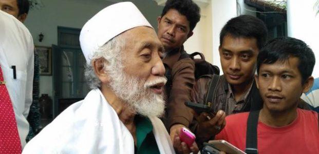 Ini Kata KH. Abuya Muhtadi Pandeglang, Atas Permintaan Kapolda Agar Muslim Banten Tidak Demo 25 November