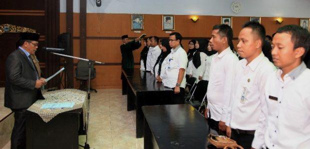 107 ASN Guru dan Auditor Pandeglang Dilantik Sekda