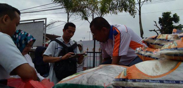 Tekan Harga Beras, Bulog Gelar Operasi Pasar di Pandeglang