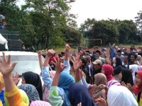 Ratusan Warga Geruduk Kantor Kecamatan, Diduga Terjadi Praktik Jual Beli Jabatan Pjs Kades