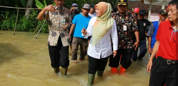 Masalah Banjir Belum Mampu diatasi, Irna Imbau Warga Tingkatkan Kewaspadaan