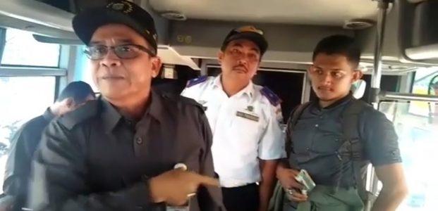 Sidak Tarif Angkutan, Ketua Dewan Omeli Supir dan Kernet Bus