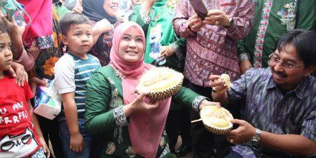 Pemkab Pandeglang Patenkan 2 Varietas Durian Lokal